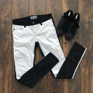 Royal Bones Black/White jeans SZ 7 (juniors)